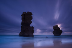 Guardians of the Light (Rodney Campbell) Tags: longexposure au australia victoria greatoceanroad cpl princetown gor gnd09 littlestopper