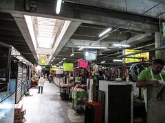 """Merida: le marché municipal Lucas de Gálvez et sa boucherie <a style=""""margin-left:10px; font-size:0.8em;"""" href=""""http://www.flickr.com/photos/127723101@N04/25318703403/"""" target=""""_blank"""">@flickr</a>"""
