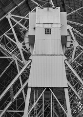 Shiva (Stewart485) Tags: england technology places things science jodrellbank impression mechanism radiotelescope evocative vaguelyarty