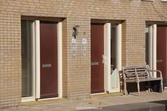 DSC01122 (ZANDVOORTfoto.nl) Tags: 28 dak maart 2016 schade ontruiming bakstenen kromboomsveld28316zandvoort ontruimingivmvallendebakstenenendaklekkage kromboomsveld