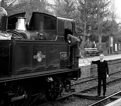 SVR 44949bwcr (kgvuk) Tags: trains railwaystation locomotive railways steamtrain svr steamlocomotive arley severnvalleyrailway 1450 48xx 4850 14xx 042t arleyrailwaystation