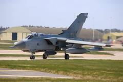 ZA453 2 (Rob390029) Tags: plane force aircraft aviation military air wing jet royal swing bomber tornado raf 022 lossiemouth taxiing panavia gr4 egqs za453