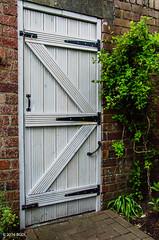 Still Standing! (BGDL) Tags: wall garden portals brickwork gardengate weeklytheme nikond7000 afsnikkor18105mm13556g bgdl flickrlounge lightroomcc