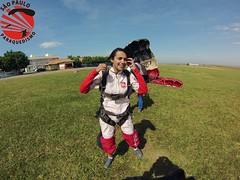 G0080285 (So Paulo Paraquedismo) Tags: skydive tandem freefall voo paraquedas quedalivre adrenalina saltar paraquedismo emocao saltoduplo saopauloparaquedismo