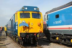 50 050 (D400) + 50 007 (D407) - Dereham (GreenHoover) Tags: hoover fearless mnr dereham englishelectric class50 d400 d407 railblue 50050 midnorfolkrailway 50050fearless 50007hercules