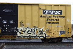 Sigue (BombTrains) Tags: road railroad art train bench graffiti paint tag graf rail spray graff freight dabs myla sigue fr8 whistleblower benching