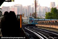 Metro de Santiago - Alstom NS93 (Empezar de Cero / Ariel Cruz) Tags: chile santiago publictransport alstom metrodesantiago line5 l5 transportepblico vicuamackenna ns93 viaductoelevado carlosvaldovinos elevatedviaduct
