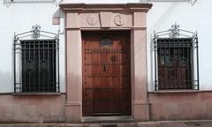 Ronda, Andalousie (Marie-Hlne Cingal) Tags: door windows espaa andaluca twins puerta iron ventanas ronda porta espagne tr fer janelas andalousie fentres finestre andalousia twozweideuxduedva2