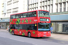 "Metroline BYD1472 ""on Route 98 (Testing)"", Oxford Circus (wltmauc) Tags: china bus london buses electric 98 tfl transportforlondon metroline byd comfortdelgro lj16ezn byd1472"