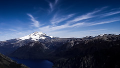El mejor momento del da (Pjaro Post) Tags: patagonia lago nubes bariloche nahuelhuapi 387 tronador parquenacionalnahuelhuapi cerrolpez palotinos brazotristeza