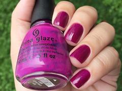 Flying Dragon - China Glaze (Daniela Mayumi M.) Tags: nail nailpolish unhas unha esmaltes esmalte flyingdragon naillacquer chinaglaze