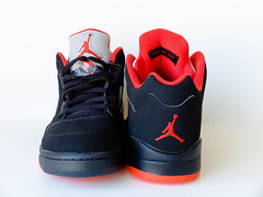 Air Jordan V Low Alternate (Ortzi Omeaka) Tags: shoe shoes basket air low sneakers nike retro collection 23 michaeljordan alternate chicagobulls zapatillas nikeair airjordans solocollector airjordanvlowalternate