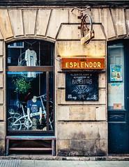 CICLOS (Walimai.photo) Tags: street espaa bike bicycle calle spain nikon gijn bici 18105 esplendor d7000 biciclera