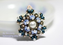 Valere Pendant (BeeJang - Piratchada) Tags: pink blue green rose gold golden czech handmade turquoise jewelry pearl miyuki pewter platinum beading pendant sapphire beadwork beadweaving superduo