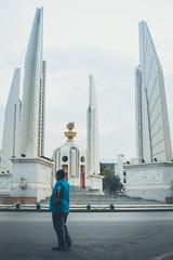 Around Rattanakosin (Elmar Bajora Photography) Tags: thailand los asia asien southeastasia sdostasien bangkok landmark thai siam rattanakosin ratchadamnoen krungthep democracymonument