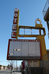 Unlucky Lady (Flint Foto Factory) Tags: city las vegas winter vacation urban broken sign theater theatre weekend decay district nevada letters sunday motel lucky signage intersection february superbowl googie vacancy unlucky midcentury fremontst 2016 11thst luckylady 1308 huntridge