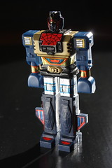 Leopaldon (Donald Deveau) Tags: toy robot spiderman japanesetoy shogunwarriors leopaldon
