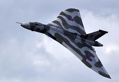 Vulcan (Bernie Condon) Tags: avro vulcan bomber xh558 raf vtts royalairforce military warplane classic preserved vintage delta jet