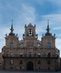 Ayuntamiento-  Astorga (dnieper) Tags: espaa spain len ayuntamiento astorga maragatos