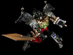 20160228_100325251_iOS (marcosit2) Tags: toys transformers wrath autobot dinobot grimlock 3rdparty combiner gcreations shuraking srk03