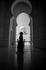Mosque 10 (monochromia - jeremy chivers) Tags: march naturallight mosque abudhabi 2016 sheikhzayedmosque