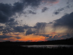 IMG_2139 (sjj62) Tags: sunset sky clouds lith s90 lakeinthehillsil
