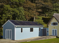 Boat house (C) Viridian Solar