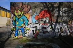 Graffiti im Landschaftspark (Pascal Volk) Tags: streetart berlin graffiti wideangle wa ww superwideangle sww uwa weitwinkel 32mm swa berlinlichtenberg ultrawideangle uww ultraweitwinkel superweitwinkel canonef1635mmf4lisusm canoneos6d parkinberlin landschaftsparkherzberge