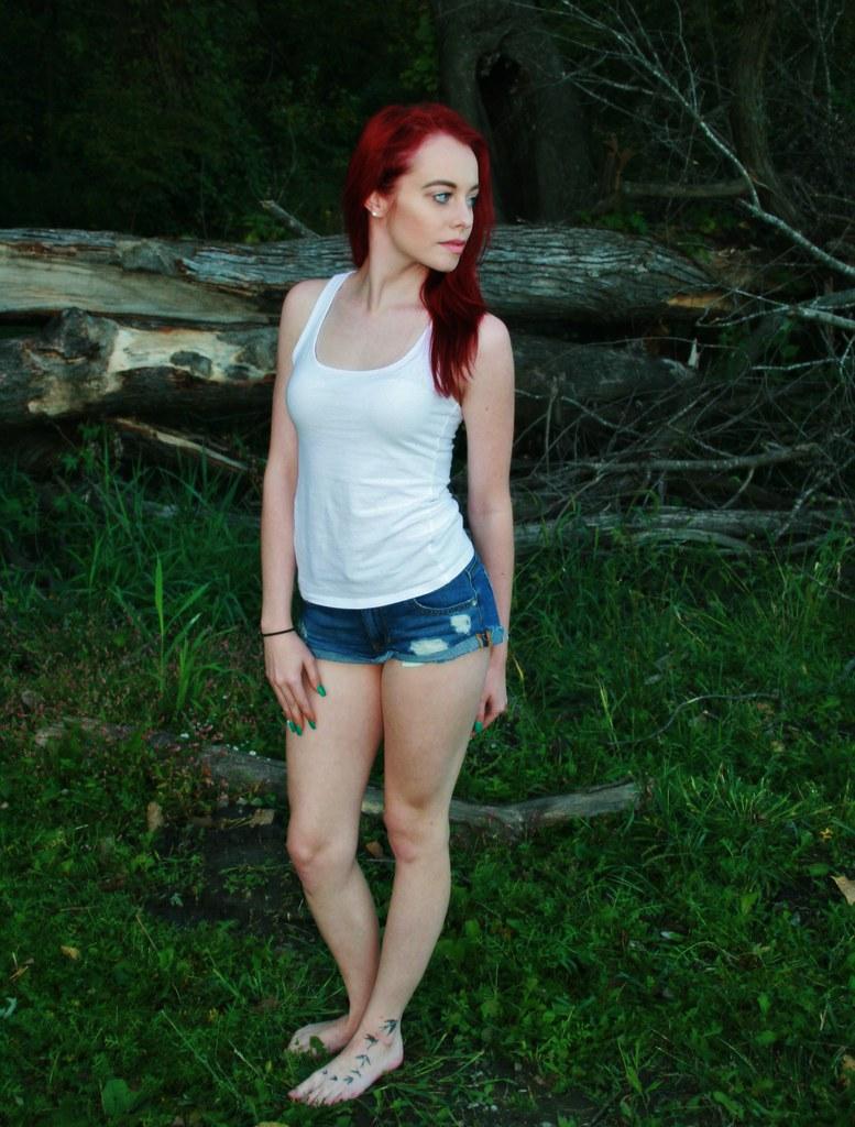 Hot Redhead Legs Feet Nude - Porno Photo-1161