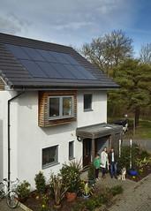 Eco show home family (C) Solarcentury