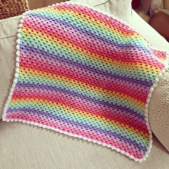 About to upload this beautiful granny... (Strawberry Latte) Tags: crochet crochetblanket crochetforsale uploaded:by=flickstagram instagram:photo=1091998518559997941391400350