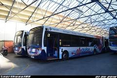 27680 and 27672 (northwest85) Tags: bus worthing depot 300 alexander dennis stagecoach enviro pcv adl pdz 27680 27672 gx60 gx60pdz gx60pcv