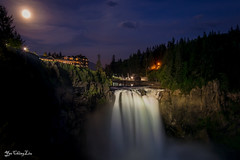 Full Moon rose above waterfalls (YaochingLiu) Tags: washington ngc fullmoon waterfalls snoqualmie