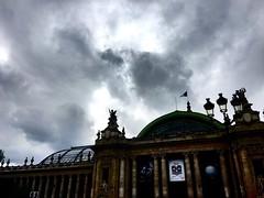 Nuages gris sur Paris (y.caradec) Tags: paris cloudy nuages grandpalais