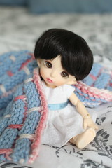 Season (AluminumDryad) Tags: pink blue white season doll blanket bonnie bjd resin etsy fairyland balljointeddoll photochallenge adad etsyshop pkf ballbandwashcloth tinybjd adolladay pukifee april2016 trillianandcompany