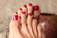CR (IPMT) Tags: red color sexy feet club foot rojo warm toes painted polish cadillac creme vermelho barefoot barefeet pedicure toenails toenail pedi descalza