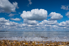Cowes Parade - DSCF7966 (s0ulsurfing) Tags: clouds fuji april fujifilm isle cowes wight 2016 s0ulsurfing xt1
