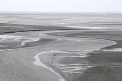 Le serpent de mer (Fabien Husslein) Tags: ocean seascape france saint landscape sable bretagne normandie michel paysage mont plage maree baie
