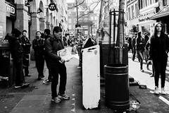 DSCF0428 (Jazzy Lemon) Tags: uk england london english britain candid streetphotography april british socialdocumentary 18mm 2016 jazzylemon fujifilmxt1
