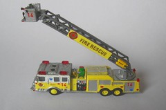 Ladder14 (07) (Joachim Gundlach) Tags: rescue fire firetruck vehicle fireengine custom feuerwehr kitbash modellbau nscale 1160 arff kitbashing kitbashed 1zu160