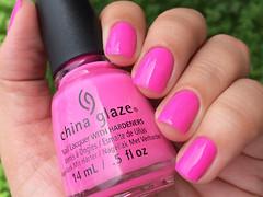 Glow with the flow - China Glaze (Daniela Mayumi M.) Tags: nail nails nailpolish unhas unha esmaltes esmalte naillacquer chinaglaze glowwiththeflow