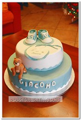 ALLSTARS! (Dolcegacreations) Tags: bear shoes teddy bib teddybear allstar battesimo pdz sugarpaste bavaglia dolcegacreations wwwdolcegacom battesim