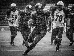 Halton Spartans (Tim Furfie) Tags: blackandwhite white black sport canon action stadium 7d touchdown americanfootball runcorn widnes halton qbsneak haltonspartans