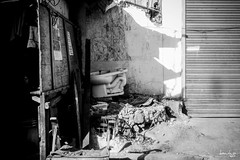 Outdoor Facility (Daniel Y. Go) Tags: street bw mono sony philippines pinas kalye rx100m4 sonyrx100m4