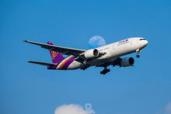 Boeing777-2D7(ER)   HS-TJV   Thai Airways International (Max Alpha X-ray) Tags: thai boeing 777 bkk tha tg thaiairways boeing777 b777 b772 suvarnabhumiairport vtbs suvarnbhumi boeing777200er b777200er thai777 thaiboeing iflythai thaib777