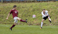 Ryan Holms gets his foot round the ball to deliver into the box (Stevie Doogan) Tags: park west scotland scottish first super juniors division league holm clydebank bole maybole bankies mcbookiecom