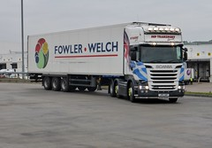 JP11 JHP (Cammies Transport Photography) Tags: truck centre transport tesco lorry welch fowler livingston distribution scania jp11 jhp r620 jp11jhp
