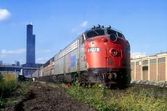 Amtrak E9 427 (Chuck Zeiler) Tags: railroad train amtrak 427 locomotive e9 chz emd