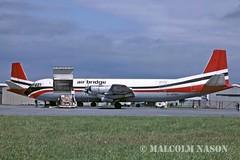 VICKERS 953C MERCHANTMAN G-APEK AIR BRIDGE (shanairpic) Tags: shannon vanguard airbridge propliner merchantman vickersvanguard gapek