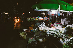 IMG_9321 (SergMo Cutler) Tags: travel bar canon thailand reisen asia bangkok nightshoot watarun 6d skybar bestshot statetower sirocco bestphoto travelnerd travelphotographie travelthailand baiyoketower traveladdict reisefieber